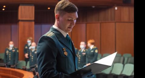 Торжественная церемония принятия присяги сотрудниками ФТС России